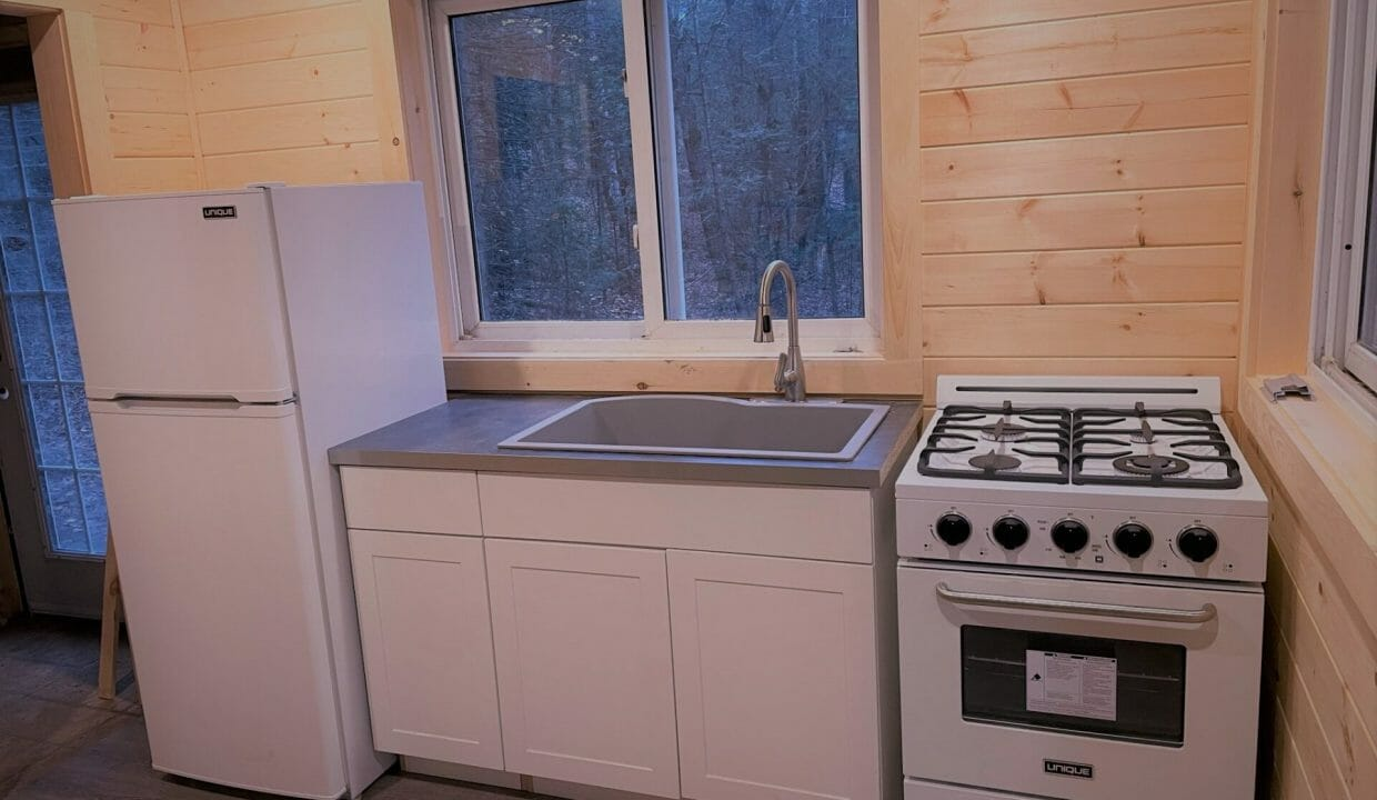 356 sq ft Tiny Home for Sale  - Arcadia off grid Community 01